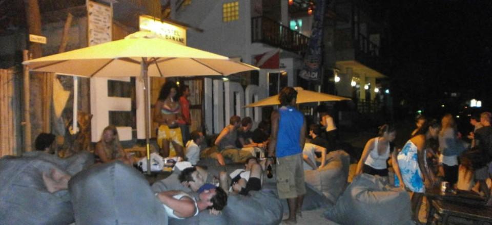 La Banane Hostel Night